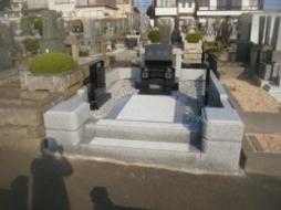 2010年9月~10月 公営墓地にて 全面改修工事