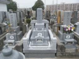 2007年3月~4月 寺院墓地にて 全面新規工事