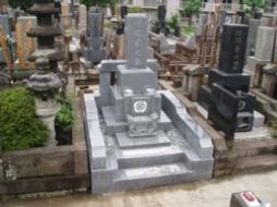 2005年5月~6月 寺院墓地にて 全面新規工事