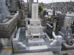 2007年11月~12月 公営墓地にて 改修工事
