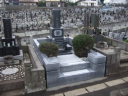 2008年9月~10月 公営墓地にて 全面改修工事