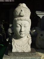 香川の認定工芸士の方が彫りました