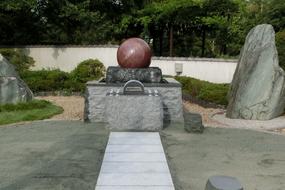 2013年6月~7月 寺院墓地にて 永代供養墓(合葬墓)